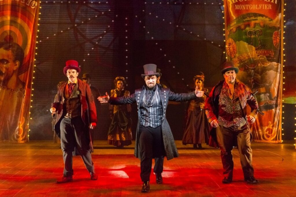 DC Metro — Review: 'Something Wicked This Way Comes' at Delaware Theatre Company